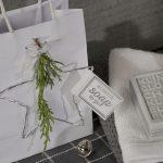 Ideen mit Seife für Weihnachten: Klingelingeling   Graues Seifenstück mit toller Prägung und Anhänger mit BUTTERER STEMPEL Handmade soap to go