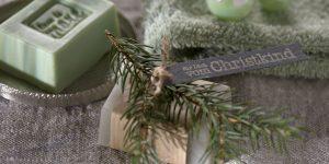 Ideen mit Seife für Weihnachten: Für Dich vom Christkind | ein kleines Stück vom Glück mit lichtgrauer Seife und einem natürlichen Duft