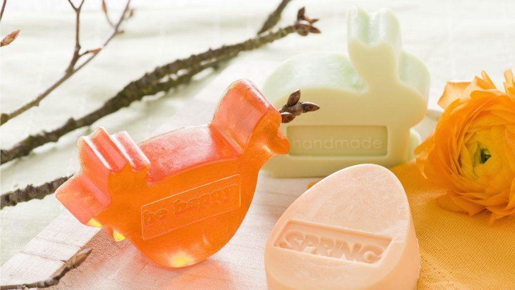 Ideen mit Seife im Frühling und zu Ostern: Gießformen Huhn, Hase und Ei
