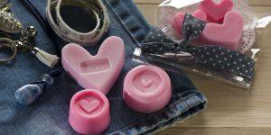 Ideen mit Seife: Girls, Girls, Girls | Selbstgemachte kleine Seifen in Rosa mit Herz für beste Freundinnen